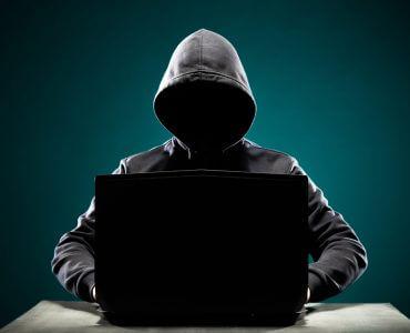scam calls internet scammer tactics