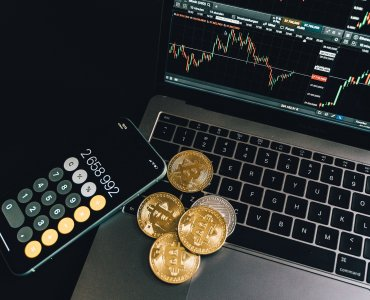 cryptocurrency trading bitcoin altcoin prices